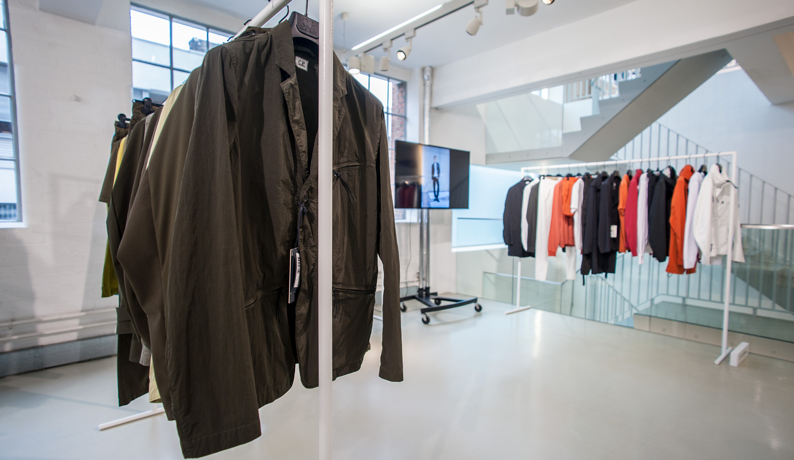 Clothing, Shoes & Accessories Men's Clothing Persevering Stone Island